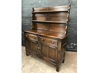 Beautiful oak Welsh dresser in great condition