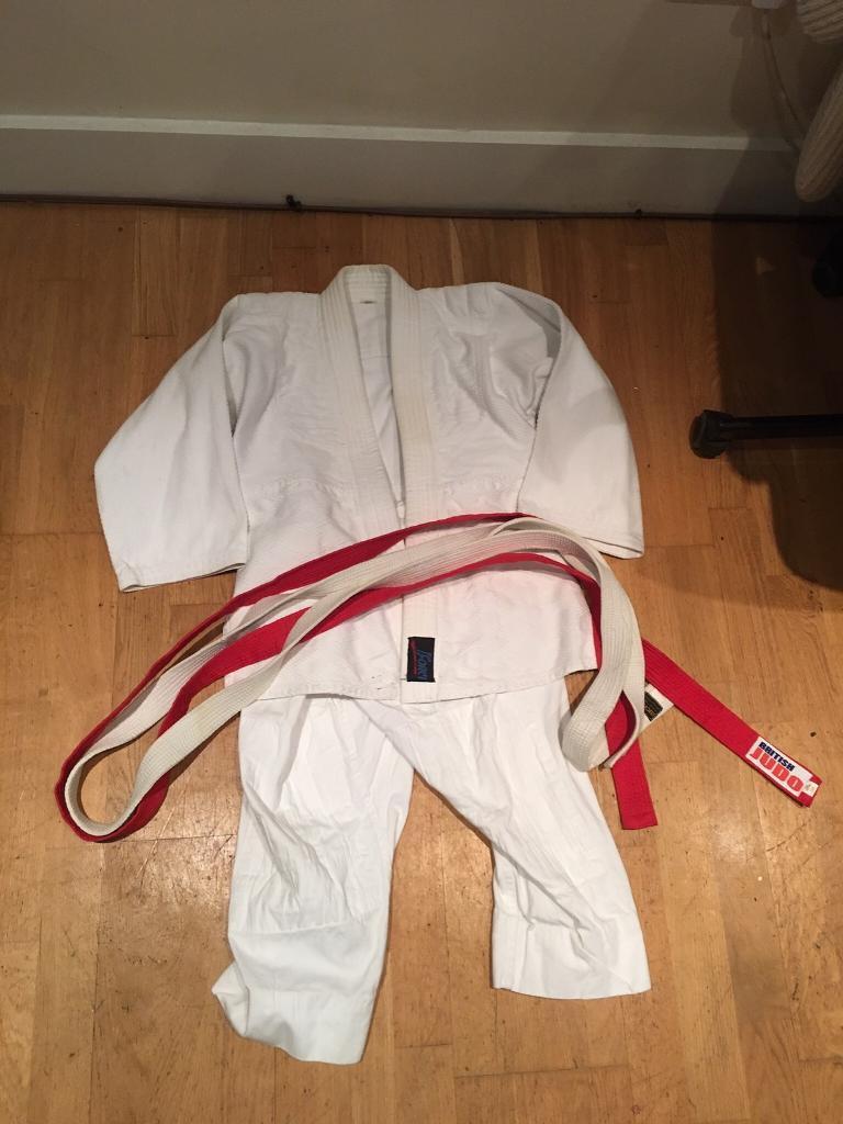 Judo suit aged 12-13