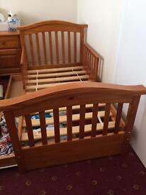 Child bed/ kids bed