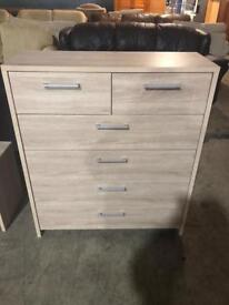 Light wood effect large chest of draws in good condition free delivery in South Yorkshire