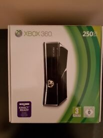 Microsoft Xbox 360 with Kinect and games (NEW)