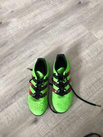 ADIDAS Boys Football Boots (size 5)