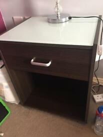 Bedside table unit