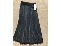 Brand new with tags size 8 skirt from Warehouse