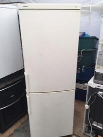Siemens white good looking frost free A-class fridge freezer cheap