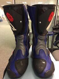 SIDI Vortex sports bike boots