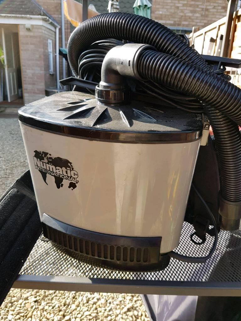 Numatic Vacuum Henry