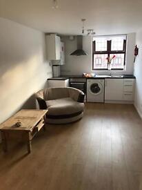 Studio flat for rent £200 per week in Waltham Abbey newley refurbished