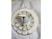 Royal Vale bone china daisy pattern white/ gold. Cup,