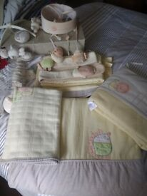 Mamas and papas bedding set