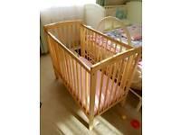 Mini cot. Perfect condition