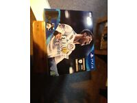 BRAND NEW SEALED IN BOX PS4 500GB WITH 1 X CONTROLLER