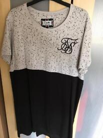 Sik silk large tshirt