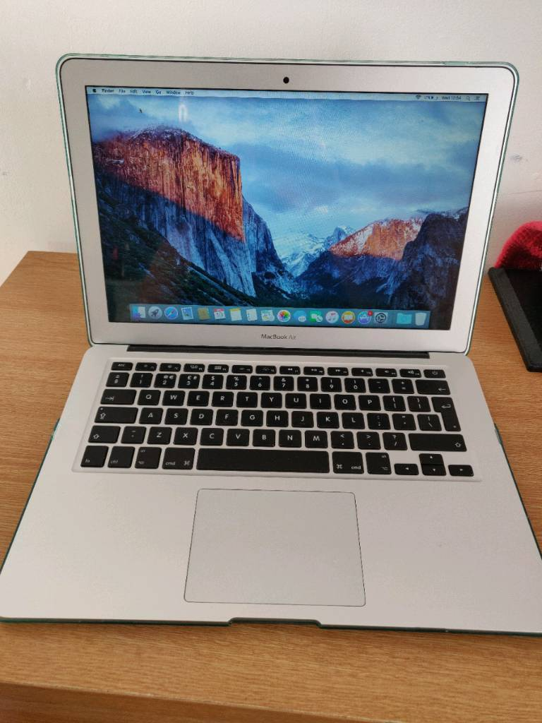 *Hard case APPLE MacBook AIR (2015) 13 INCH Intel core i5 8gb 128gb sdd  professional laptop | in Blackley, Manchester | Gumtree