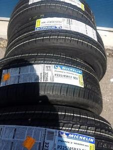 BRAND NEW WITH LABELS ULTRA HIGH PERFORMANCE  MICHELIN PRIMACY RUNFLAT ALLSEASON  225 / 45 / 17 ' V ' RATED TIRE SET OF