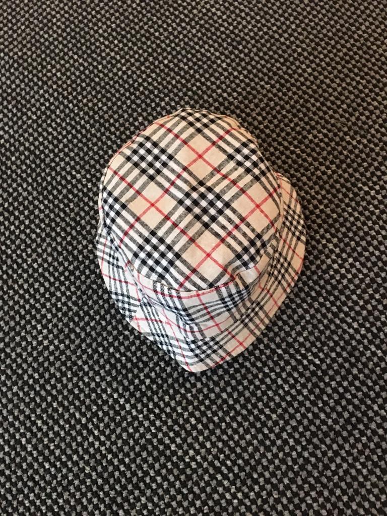 Bucket hat (New)