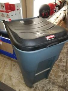 Rubbermaid 95 Gallon Brute - Brand New - Only $175!