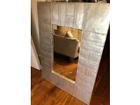 Medium size Wall Mirror - metal finish