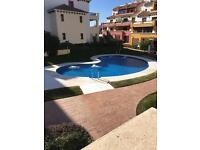 Three bed duplex apartment situated on the border with the Algarve.