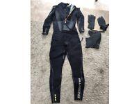 Billabong Surf Wetsuit backzip size XL + hat + gloves
