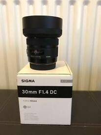 30mm ART series Sigma lens, Canon fit