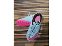 Nike Youth Football Boots