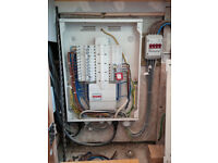 EXPERIENCED ELECTRICIAN - DISTRIBUTION BORDS / CONSUMER UNITS / REWIRING