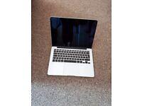 Macbook Pro (Retina 13-inch Late 2013) 2.4 GHz Intel Core i5, 8GB RAM, 256GB SSD