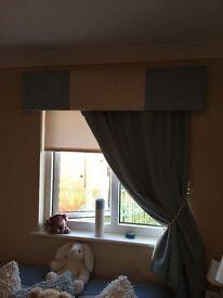Pelmet and side curtain