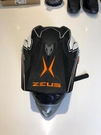 Zeus Motocross helmet