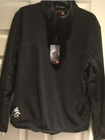 Rossignol fleece age 16 but also fits size 10-12