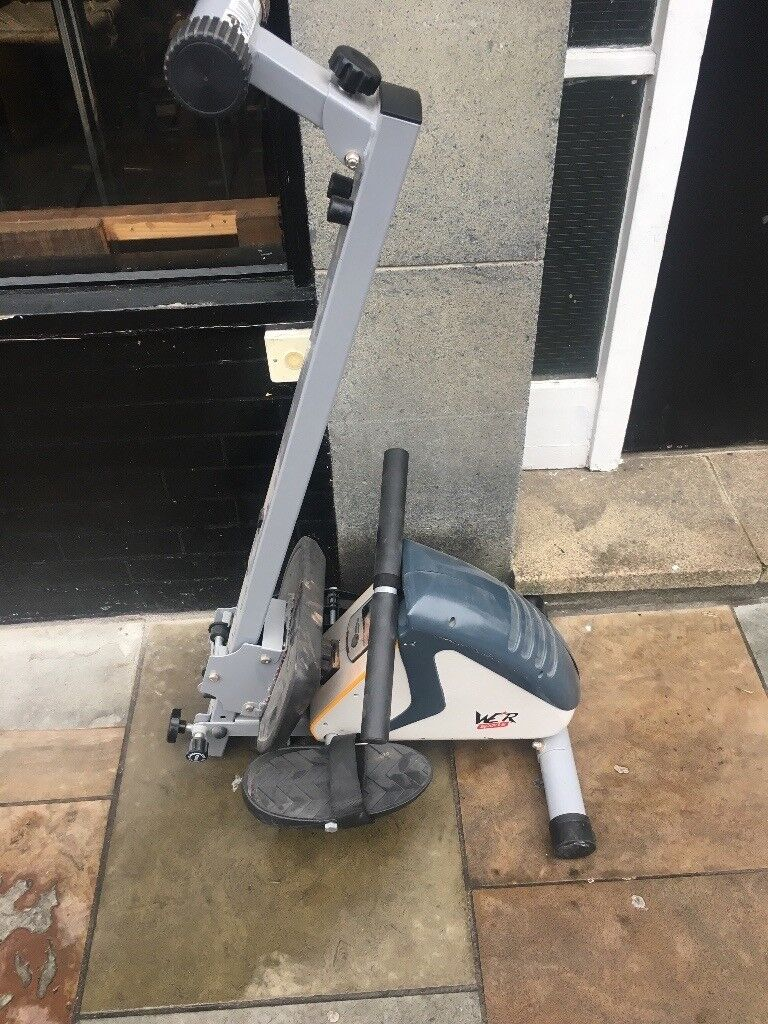 Free rowing machine