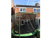 10ft Trampoline with enclosure