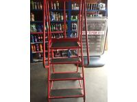 Ladders, aircraft ladders