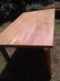 Dining Table 5ft x 3ft (92cm X 152cm) Used but solid could do with a light rub down & revarnish