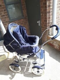 GORGEOUS COACH BUILT PRAM WITH COVERS AND MATCHING BAG.