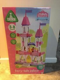 BNIB Brand New Sealed ELC Early Learning Centre Rosebud Fairy tale palace rrp £75