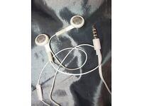 GENUINE ORIGINAL APPLE IPHONE / IPAD / IPOD EARPHONES EARBUDS - NEW