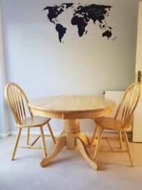 Solid wood dining table including 4 chairs