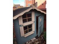 7X5 Wooden Playhouse in excellent condition