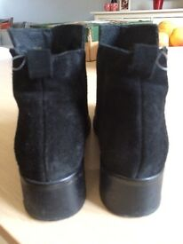 Office black leather and suede size 4 ankle boots