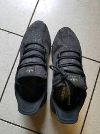Adidas trainer only worn twice size 9