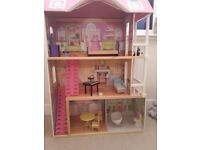 Excellent condition dolls house from ELC.