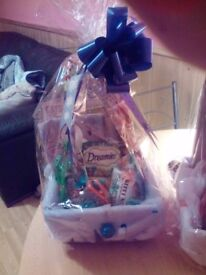 Christmas gift baskets for cat and dog chocolate for owners and start kits puppies and kittens