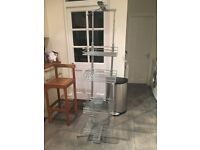 Pull out larder with four baskets (400mm * 310mm)