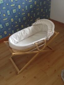 Baby mosses basket (mothercare)