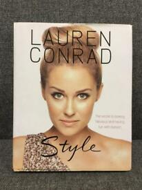 Lauren Conrad Style fashion Book HB Rare Social media reality tv shoe SDHC