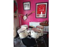 Drum Kit Pearl