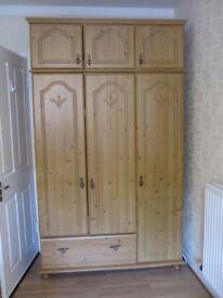 Lovely 3 piece pine bedroom set