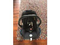 New born car seat - excellent condition